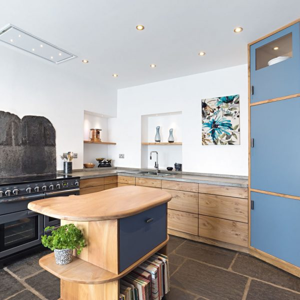 A bespoke hardwood Kitchen with Concrete worktops handmade in Lancashire by HOUT Design